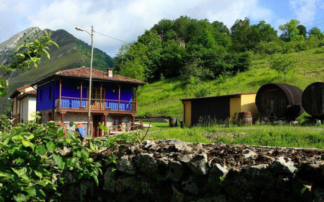 Casa rural Aguas del SELLA, alojamiento rural con jacuzzi en Asturias