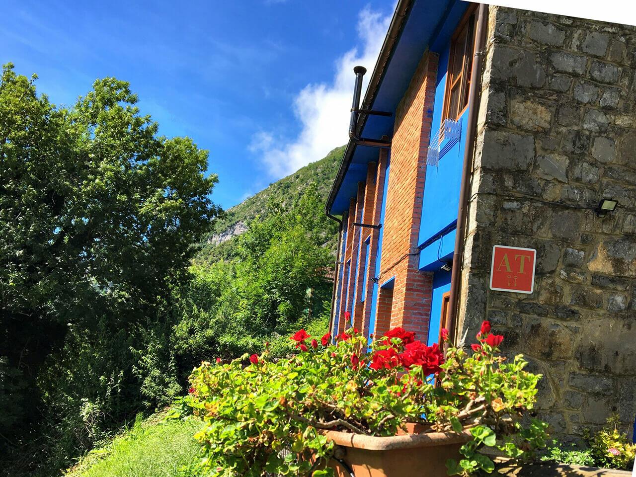 Cabaña en las montañas Beyo Azul